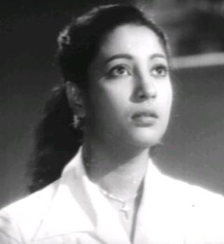 Suchitra Sen in Saptapadee