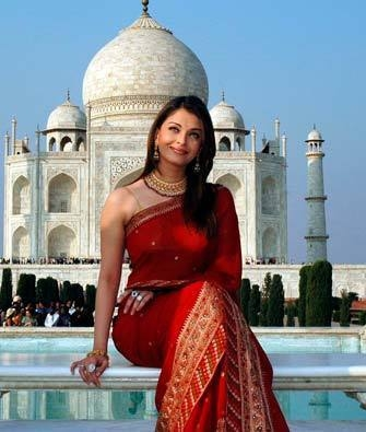 Aishwarya in Saaree