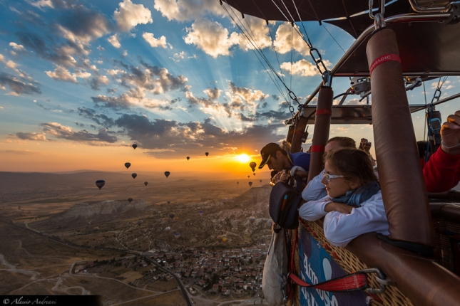 29-Photos-That-Will-Inspire-You-To-Travel-Hot-Air-Ballon-Ride-Cappadocia-Turkey