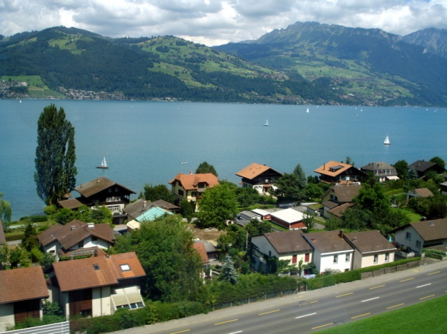 Thun Lake9